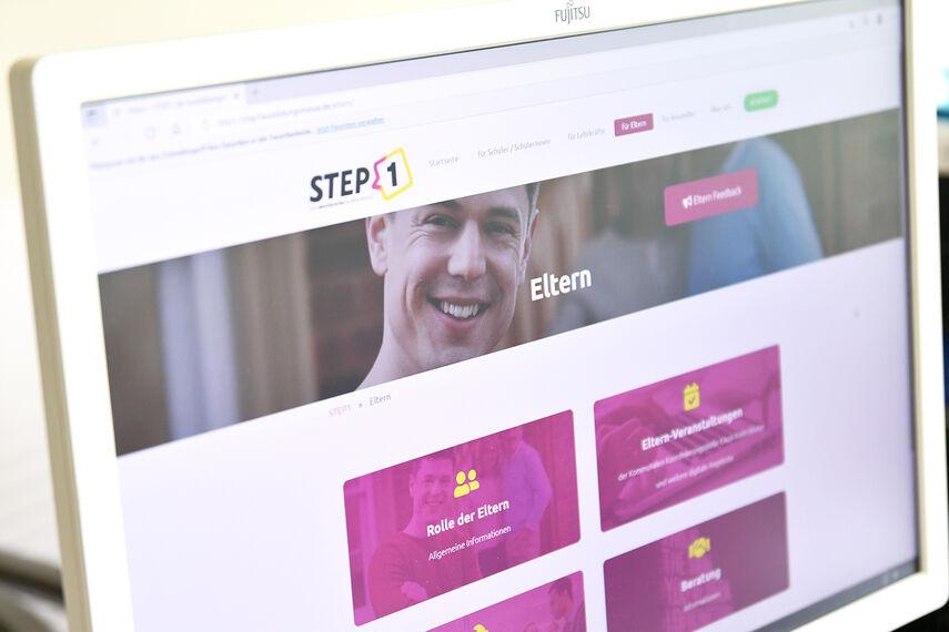 Online-Elternangebote der Ausbildungsmesse STEP1